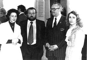В Ростовском областном музее изобразительных искусств. Слева направо: Г. Долгушева, М. Соколенко. В. Филатов, Г. Скопцова