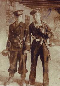 1942 год. Командиры взводов 81-я ОСМ. Б. Ефим Матусевич, Леонид Грейсерман