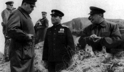 А. М. Василевский и Ф. И. Толбухин