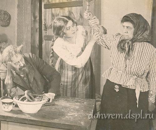 Кадр из фильма «Любовь монаха» (ателье Венгерова и Гардина). Москва, 1917–1918 гг.