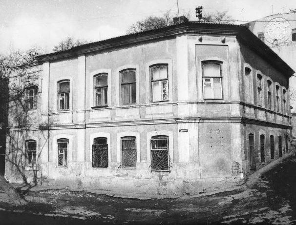 Жилой дом М. Кобелова и Т. Тугунчиан